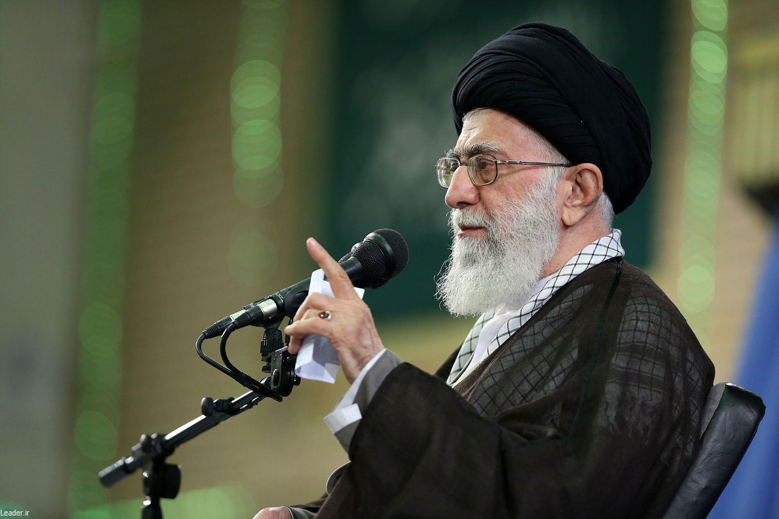 پیام نوروزی رهبر انقلاب به مناسبت آغاز سال ۱۳۹۵